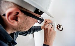 Electrician inspect
