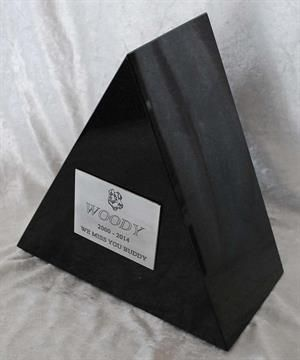 large_urns-triangle-stainless-plaque