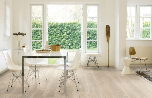 Laminate Flooring - Moonlight Oak Light